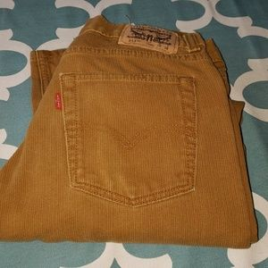 Levi's 513 curdoroy golden brown